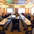 Kuressaare linnavolikogu hariduskomisjoni juht Piret Pihel tuli eelmisel volikogu istungil välja ettepanekuga, et Kuressaare peaks 1996. aastast kasutuses olevalt ja suuri koole soosivalt rahastamismudelilt minema üle riiklikult väljatöötatud mudelile.