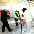 Eile peeti Randveres Viira külas annetatud raha eest valmivas majas juba sarikapidu. Maja olid vaatama tulnud nii ehitusfirma kui ka Kaarma vallavalitsuse esindajad.