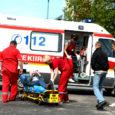 Eilne Maxima avamine pakkus ka verise vaatepildi, kui seni teadmata põhjustel kukkus maanteel maha naisterahvas, kelle pea kukkudes vigastada sai.