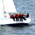 Saaremaa Merispordi Seltsi hooaja kaks esimest regatti on toimunud tugeva tuulega. Kui kaks nädalat tagasi otsustati vaatamata tugevale tuulele merele minna, siis laupäevast Allirahu regatti lükati viis tundi edasi.