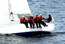 Avamerepurjetajate hooaeg on alanud tormituultega