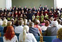 Saaremaa meeskoor SÜM laulis Lätis