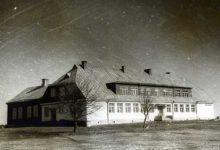 Mustjala kool ja õpetajad Kaldid