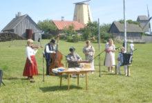 Külapillimehed käisid Lustikummutil