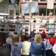 Teisipäevast neljapäevani pidasid Eesti rahvamajad Mändjalas oma kolmandat suurt üleriigilist suvekooli, kus tänavu olid esindatud kõik Eesti maakonnad peale Tartu- ja Läänemaa. Kokku osales 150 rahva- ja kultuurimajade ning kultuurikeskuste ja klubide töötajat üle Eesti.