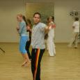 Portugali nädala raames Kuressaare kultuurikeskuses toimunud kahepäevasel Brasiilia tantsulise võitluskunsti capoeira workshop'il oli osalejaid vähevõitu.