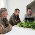 Saaremaa mesinikud on hämmeldunud MTÜ Saaremaa Koostöökogu hindamiskomisjoni otsuse üle toetada LEADER-meetme alt Leisis tegutsevat meetootjat OÜ Hany, kes müüvat Saaremaa mee kaubamärgi all tegelikult mandrilt sisse ostetud mett.