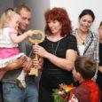 Nädalavahetusel sai lõplikult valmis Randvere tuleõnnetuses kannatada saanud pere uus maja, mis laste sõnul on täpselt nende unistuste kodu.