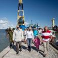 Viisteist aastat tagasi 1. oktoobril tööd alustanud AS Saarte Liinid loodi regionaal-sete sadamate haldamiseks ja arendamiseks. Aeg on näidanud, et tollane otsus oli igati õige. Sadamate rekonstrueerimine, renoveerimine, uute kaide rajamine, akvatooriumide ja faarvaatrite süvendamine – kõik see räägib selget keelt selle sammu vajalikkusest.