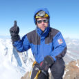 Saarlane Andres Karu võttis paar aastat tagasi eesmärgiks tõusta kõikide Euroopa riikide kõrgeimatesse tippudesse. Nüüdseks on ta vallutanud 45 riigi kõrgeimatest paikadest 44, neist 27 viimase poolteise aasta jooksul. Käimata on tal veel Islandil.