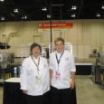 Kanadas Calgarys toimusid septembri alguses ülemaailmsed noorte kutsemeisterlikkuse võistlused World-Skills, kus kohtunikuna kokkade võistlusel osales Kuressaare ametikooli kutseõpetaja Marge Leimann.