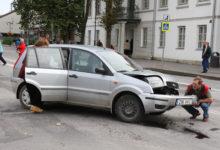 Avarii kesklinna ristmikul halvas liikluse