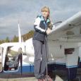 Ruhnu saarele lendab kuu aega vahetuspiloodina Sunne Säre, kes on seni juhtinud paaril suvel lennukit Saksamaal.