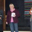 """Saarlastest ja mandrinoortest koosneva MTÜ Hea On Olla korraldatud üritus """"Sakla luule"""" tõi kohale nii noori luuletajaid mandrilt kui ka kohalikke loojaid."""