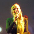 """Kuressaare Jazz del Mar alustas 15. oktoobril oma kolmandat hooaega särtsaka ja särava noore jazzlauljatari Kadri Voorandi kontserdiga """"Tunde lainel""""."""