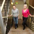 Ligi kaks nädalat viibis Kuressaare ametikoolis kaheksa õpilast Narva kutseõppekeskusest, et õppida siinses keskkonnas üldist ja erialast eesti keelt. Õppurite sõnul on projekt väga kasulik ning nad on juba juurde saanud julgust eesti keeles suhelda.