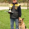 Adavere lähedal toimunud Eesti meistrivõistlustel jäljeajamises saavutas esimese koha Kuressaares elava Aarne Väli viieaastane Saksa lambakoer Isabel.