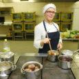 Kuressaare ametikooli neljanda kursuse kokaõpilane Kairi Saar pälvis Eesti hotellide ja restoranide liidu (EHRL) 2000-kroonise stipendiumi, mis antakse üle 4. novembril Tallinna toidumessil. Kairi ise võistleb samal päeval messi raames toimuva võistluse Noorkokk 2009 finaalis.