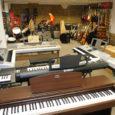 Eile õhtupoolikul tehti tänaseks viimaseid ettevalmistusi Kuressaares Tallinna tänav 11, kus avab oma järjekordse poe firma Stanford Music.
