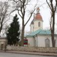 EAÕK Kuressaare Püha Nikolai kiriku kuppelkatusega tambuuritorni ümbert on tellingud kadunud ja torn on taas kaunistamas üle 200 aasta vanust kirikuhoonet.
