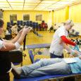 Eilseks oli KG endale külla kutsunud Põhja-Eesti verekeskuse spetsialistid, kes kolme ennelõunase tunni jooksul pumpasid õpilastelt ja õpetajatelt välja mitmed kümned liitrid doonoriverd. Kokku oli end doonoriks registreerinud 60 õpilast ja õpetajat.