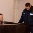 47-aastane Toomas Koit tunnistati eile Kuressaare kohtumajas süüdiolevaks eaka naise tapmises. Erinevate kuritegude eest mõisteti talle liitkaristuseks kaheksa aastat vangistust.