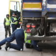 Teisipäeval Saare maakonnas korraldatud laiaulatusliku politseioperatsiooni käigus kontrolliti 61 mootorsõidukit ning ka suur- ja raskeveokeid. Kokku tabati 12 seaduste vastu patustanud sõidukijuhti.