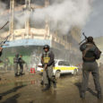 Maailma ajakirjandus on seisukohal, et ehkki ebastabiilsus Afganistani pealinnas näib süvenevat, tegutsesid kohalikud korrakaitsejõud selle nädala alguses Kabulis aset leidnud terrorirünnaku ajal arukalt ja tõhusalt.