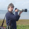 """Reede õhtul kell kuus avab Eesti Fotofestival Kuressaares Ülikoolide keskuses (Pargi 5A) omanäolised talifotomängud """"Kiire pööruga, sage sammuga!"""" Kahepäevastel talifotomängudel (piletid saadaval Piletilevi müügivõrgus ja internetis www.piletilevi.ee) juhendavad huvilisi nii teoreetiliselt kui praktilises tegevuses teada-tuntud eesti fotograafid."""