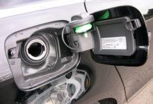Vargad noolisid Kaare tänaval autodest bensiini