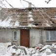 Pühapäeval süttis Kaarma vallas Käku külas talumaja. Õnnetuses sai tõsiseid põletushaavu majaperenaine, kes toimetati kiirabiga Kuressaare haiglasse ja sealt edasi Tallinna haiglasse.