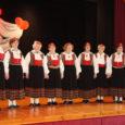 Pühapäeval tähistati Pärsama rahvamajas veteranide tantsurühma Leisi Liisud 15. sünnipäeva.