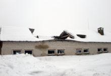 Sulav lumi rutjub katuseid maani maha