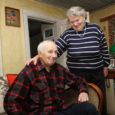 Leisi mees Heino Väli (80) usub nüüd kindlalt, et igaühe jaoks on kuskil keegi. Tema leidis oma Irma alles siis, kui oli juba 68 aastat vana. Neli aastat tagasi muutsid nad ühel kaunil päikesepaistelisel päeval oma kooselu ka ametlikuks. Ja nad on väga õnnelikud.