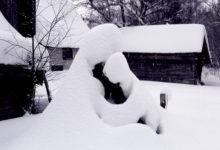 "Lumi loob skulptuure ""Ema lapsega"""