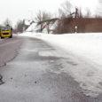 Karm talv näitab juba taan-dumise märke, ometi ei saa teedemehed käsi rüppe lasta, sest pikka aega püsinud miinuskraadid on asfaltkattes paljudes kohtades külmakerkeid tekitanud.