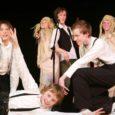 Neljapäeval Valjala rahvamajas viiendat korda toimunud põhikooli üks populaarsemaid üritusi staarijäljenduskonkurss Galavisioon 2010 õnnestus igati.