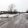 Kuna talvine lumekoristus on nõudnud valdade teerahast enamuse ja nüüd võtavad suure osa kevadised parandustööd, jäävad ülejäänud aasta peale plaanitud suuremad teetööd paraku ära.