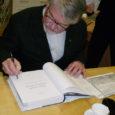 31. märtsil oli Orissaare rahval jälle põhjust raamatukogu lugemistoas kokku saada. Sedapuhku oli meie külaliseks keeleteadlane, emeriitprofessor Mati Hint, kes vaatamata oma Lõuna-Eesti juurtele tunneb end Saaremaal päris koduselt.