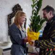 Üleeile hommikul avas Leisi alevikus Saaremaa tarbijate ühistu Kodu kaupluse teisel korrusel uksed vastremonditud ruumi kolinud Janne juuksuriäri.