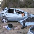 Pühapäeva õhtul sai Muhumaal avariis viga kolm kohalikku inimest. Autoroolis olnud mehel puudus juhtimisõigus.