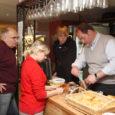 Pikaaegsete traditsioonidega Pavin Caffe kohvimeistrid Itaaliast käisid eile Kuressaares kohvinippe õpetamas Bruno kohviku ja La Perla restorani töötajatele.