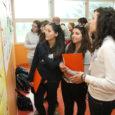 Rahvusvahelise üldhariduskoolide projekti Comenius raames jõudis sel neljapäeval Valjala põhikooli grupp õpilasi Itaaliast, Soomest ja Poolast, et saada siinsest elust-olust osa ühtekokku kolm päeva.