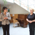 Eile pärastlõunal Kuressaare päevakeskuses eakate inimestega kohtunud kultuuriministril Laine Jänesel tuli vastata mitmele küsimusele ürituste rahastamisest, samuti oma käsitööhuvist, sellest, milline kultuurivaldkond on talle kõige südamelähedasem ja muudatustest riigimuuseumide juhtimises.