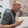 Pöide vallast Reina külast pärineval Euroopa Liidu Pekingi esinduse spetsialistil poliitilistes küsimustes Hannes Hansol oli eile ja üleeile kodusaarel huvilistega üheksa kohtumist.