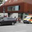 Eile päeval sõitis üks roller Kuressaare kesklinnas ülekäiguraja juures sõiduautole tagant sisse.