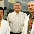 Kuressaares sündinud ja aastaid Californias elanud Mehis Põld ja Tambet Teesalu annavad oma teadustöös tehtud avastustega uut lootust vähihaigetele.