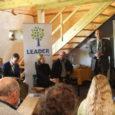 """Eile kohtus põllumajandusminister Helir-Valdor Seeder Laadjala külaseltsi hoones Hiiu-, Lääne- ja Saaremaa Leader-gruppide esindajatega. """"Me võtsime endale eesmärgiks käia läbi kõik Eestimaa Leader-piirkonnad,"""" ütles minister. """"Soovime kuulda ideesid, mis riigi erinevates paikades välja pakutakse, ja neid tuleb üha huvitavamaid."""""""
