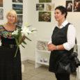 """Kuressaare kunstistuudio galeriis avati esmaspäeval kunstnik-fotograaf Galina Parmaski fotonäitus """"Minu Eesti"""". Tegemist on näitusega, mis olnud üleval ka Tallinna linnavolikogu saalis."""
