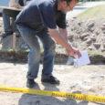 Arheoloogiadoktor Jüri Peets on pärast neli päeva kestnud kaevetöid Salmel üsna kindel, et leitud on ka teine muinaslaev. Laev on maapinnale suhteliselt lähedal ning sisaldab endas näiteks mõõku ja mängunuppe.